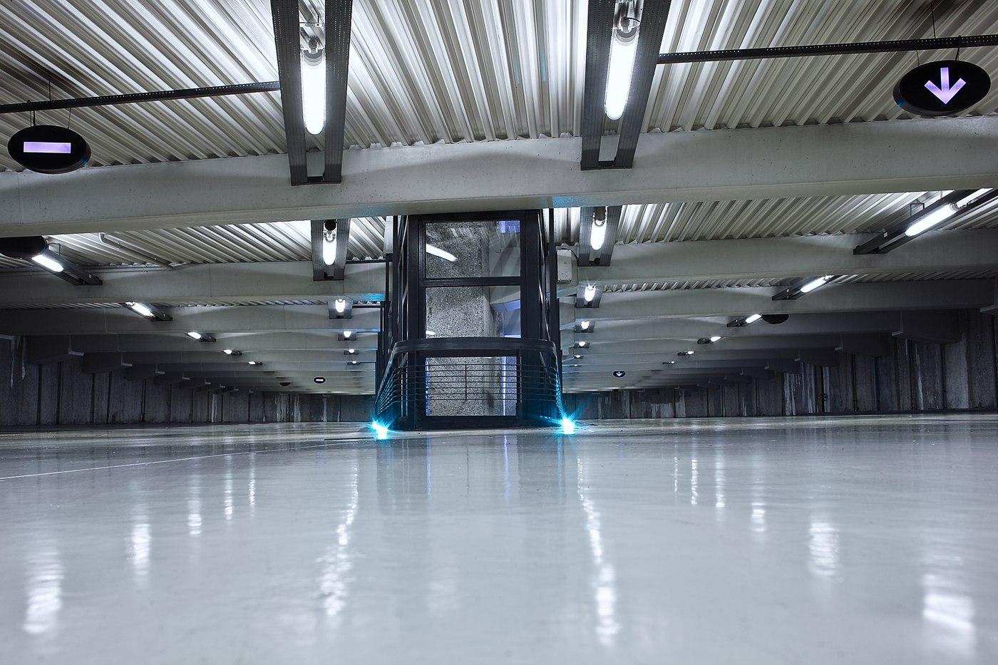 A Property Owner's Guide to Commercial Concrete Floor Coating
