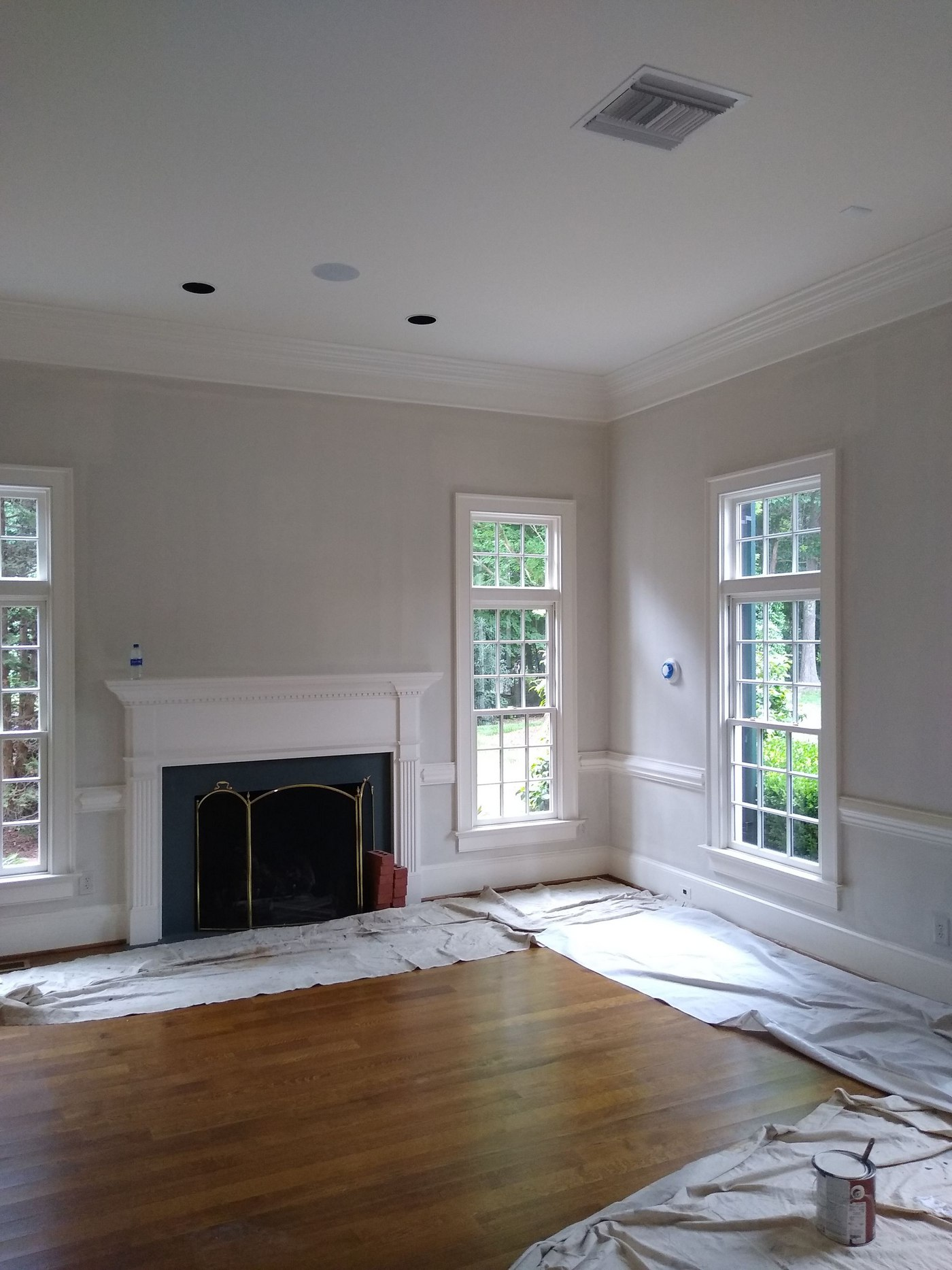How To Prepare For Painting Walls In And On Your Home