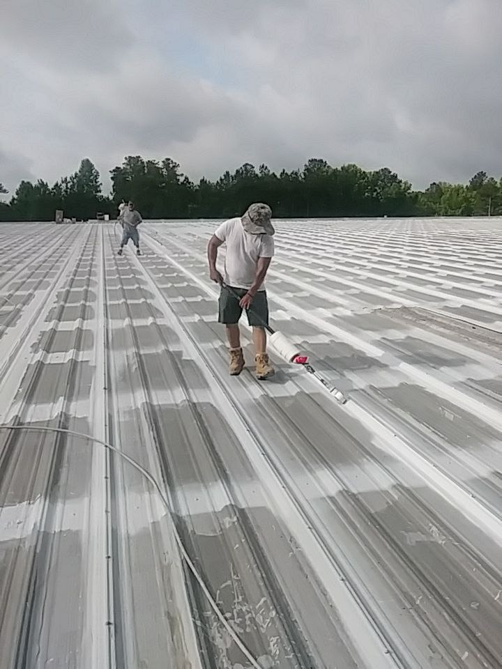 How much does it cost to coat a metal roof?